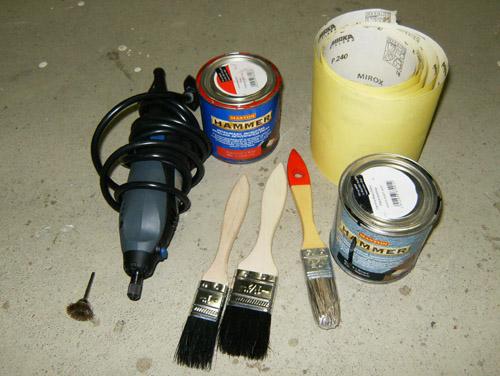 Ruosteenpoistoon työkalut
